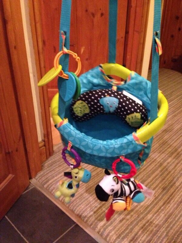 Bright starts door bouncer in wakefield west yorkshire for Door jumperoo