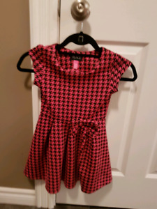 Girls dress - size 5/6 (The Children's Place)