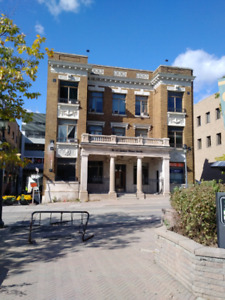 Downtown Kitchener 20 Queen St N