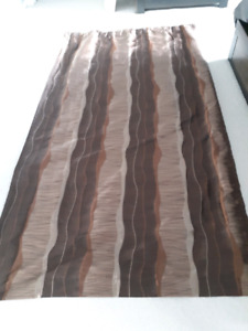 Reversible Curtains with Rod