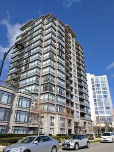 2 bedrooms, 880 sq.ft.Spacious unfurnished waterfront apartment