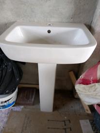 Pedestal and basin