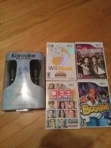 Wii Microphones  and 4 Games