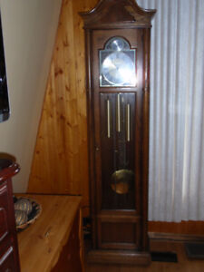 HOWARD MILLER TEMPUS FUGIT GRANDFATHER CLOCK