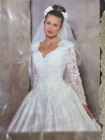 BEAUTIFUL WEDDING DRESS - GREAT CONDITION - CLEANED