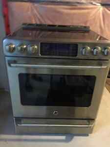 GE Cafe Series Electric Range in Excellent Condition
