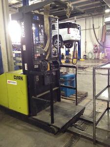 Clark Forklift Equipment Dispersal Edmonton Edmonton Area image 5
