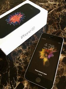 Space Grey Apple iPhone SE **AppleCare Warranty**