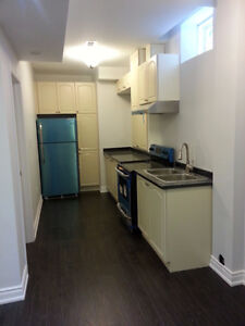 WOODBRIDGE VAUGHAN 1 BED BASEMENT APARTMENT FOR RENT mid may