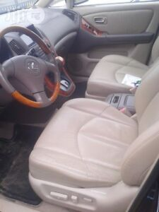 Lexus RX300 front bucket seats. WANTED