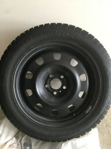 4 Winter tires & Rims 225 55 R17