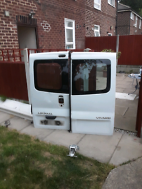 Vivaro rear doors 250 ono hinges inc