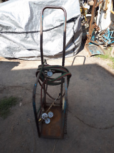 torch cart with regulators, hoses and cutting tip