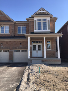 New Semi 2285 Sqft House For Rent in Aurora