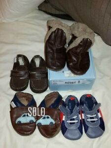 Robeez baby shoes: Size 6-12 months