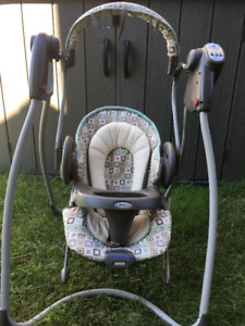 Like New Graco Swing and Bouncer 2-IN-1!