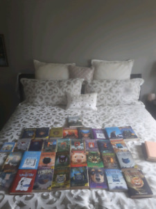 Books. Warrior Cats, Diary of the Wimpy Kid, Magic pets