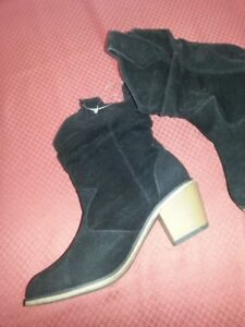 NEW ! Black Western Style Boots ~ Size 7