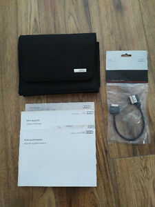 Audi Q5 Owners Manual with iPod Kit