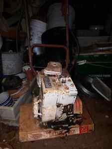 Small MTD 2 hp Briggs ans Stratton  Rototiller