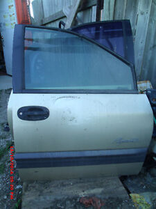 1999 Plymouth / Dodge Van Right front door