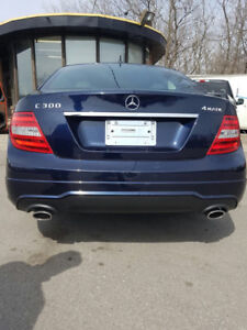 2013 Mercedes-Benz C300 4Matic - 9000KM ONLY