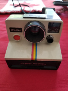 Vintage Polaroid One Step Camera