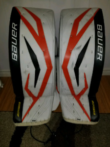 Bauer total one pro level goalie pads