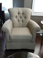 Wing Chairs (Set of 2)