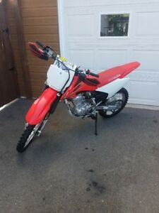 HONDA CRF 150  FILLE PROPRIETAIRE