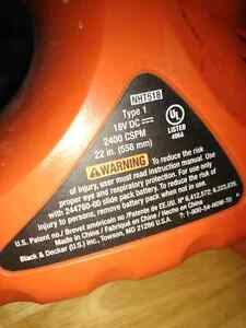 "Black and Decker 22"" cordless hedge trimmer London Ontario image 4"