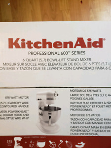 FACTORY SEALED BRAND NEW KITCHENAID 6 QUART MIXER