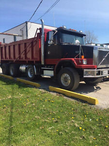 Auto Car Triaxle Dump will take trade of small class B  M  H Kitchener / Waterloo Kitchener Area image 3