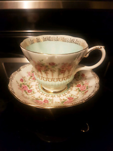 Royal Albert green park series tea cup and saucer