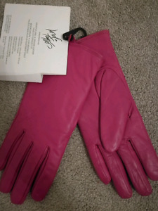 Brand new Lord+Taylor glove $25