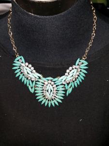 Brand new adjustable necklace