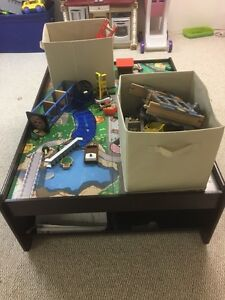 Train table with two bins of miscellaneous pieces/tracks. Kingston Kingston Area image 2