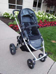 Uppababy Vista stroller with bassinet and car seat adapter