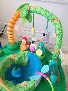 Baby-Exersaucer-Jungle theme Downtown-West End Greater Vancouver Area image 4