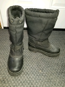 Boys 6 winter boots