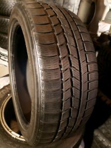 2 pneu d'hiver Nexen 225 45R 18 @ 8-9/32 comme neuf