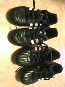 Soccer cleats —-kids size 1 and 2