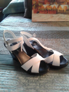 4 Pairs Sandals  size 7
