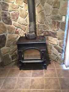 2479 Dutch West by Vermont Castings Wood Stove