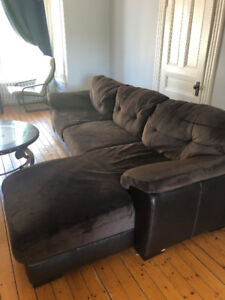 *REDUCED* EXTRA LARGE SECTIONAL SOFA $400 FIRM
