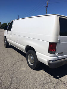 2006 Ford E-250 Owner Wagon