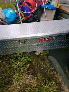 Small Delta job box for truck