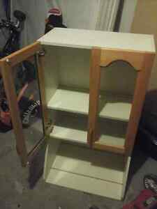 Free Kitchen Cabinet for pick up