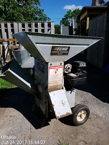 Echo Chipper Shredder SH5000