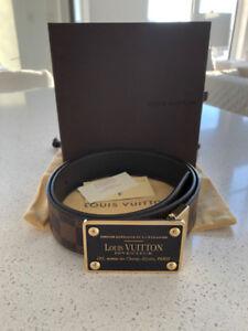 ad8c5e34e8e5 Louis Vuitton Inventeur Reversible Belt 35mm size 85 for men
